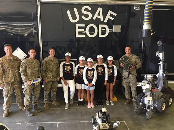 first-lego-league-air-force-eod-robot2